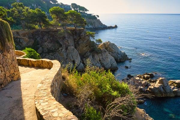 Cami de Ronda - mirant pins den Sitre