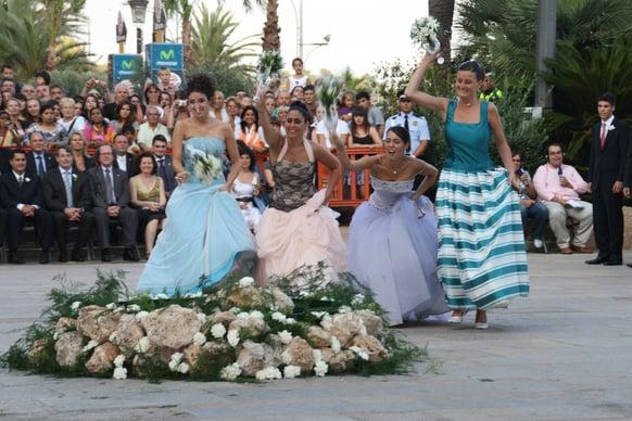 Baile de les Almorratxes, Ball de plaça, la danza más viva de los Paises Catalanes