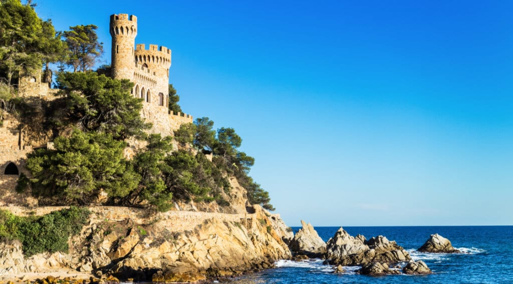 lloret_castle_beach-1024x568